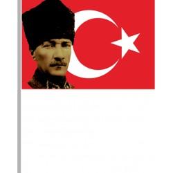 Elde Sallamalı Bayrak/008